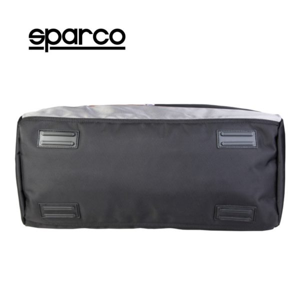 Sparco S6 Grey Travel Bag Picture4: Sparco S6 is a medium-size gym or travel bag with an adjustable and removable shoulder strap with a padded insert, two handles and more. The compact lightweight design has enough room to store your essentials featuring two handles, removable and adjustable shoulder strap with Sparco printed logo.