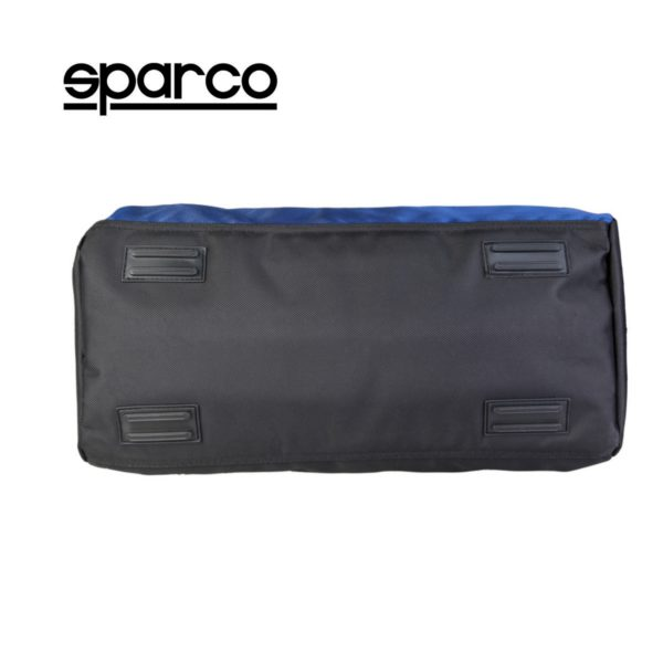 Sparco S6 Blue Travel Bag Picture4: Sparco S6 is a medium-size gym or travel bag with an adjustable and removable shoulder strap with a padded insert, two handles and more. The compact lightweight design has enough room to store your essentials featuring two handles, removable and adjustable shoulder strap with Sparco printed logo.