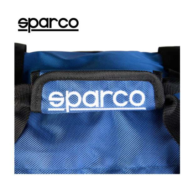 Sparco S6 Blue Travel Bag Picture7: Sparco S6 is a medium-size gym or travel bag with an adjustable and removable shoulder strap with a padded insert, two handles and more. The compact lightweight design has enough room to store your essentials featuring two handles, removable and adjustable shoulder strap with Sparco printed logo.