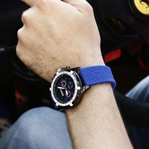 Sparco Eddie Blue Watch Picture7: The sporty watch collection from Sparco accompanies you in your everyday life by providing an inimitable racing touch to your look. Eddie model from Sparco is designed to complement differing outfits from sportswear to casual wear. The sporty design with a durable blue strap is sure to impress.