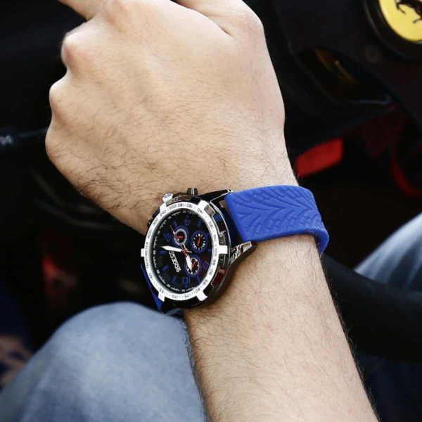Sparco Eddie Blue Watch Picture2: The sporty watch collection from Sparco accompanies you in your everyday life by providing an inimitable racing touch to your look. Eddie model from Sparco is designed to complement differing outfits from sportswear to casual wear. The sporty design with a durable blue strap is sure to impress.