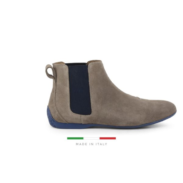 Sparco Misano Taupe Blue Shoes Ankle Boots in Suede Picture1: Misano ankle boot is made with nothing but comfort in mind, these stylish shoes by Sparco make the perfect addition to any outfit. Sparco Misano a sporty ankle boot made from Taupe suede, leather-lined and matched with a rubber sole. Pair Sparco Misano with tailored pants and a casual shirt for the weekend.
