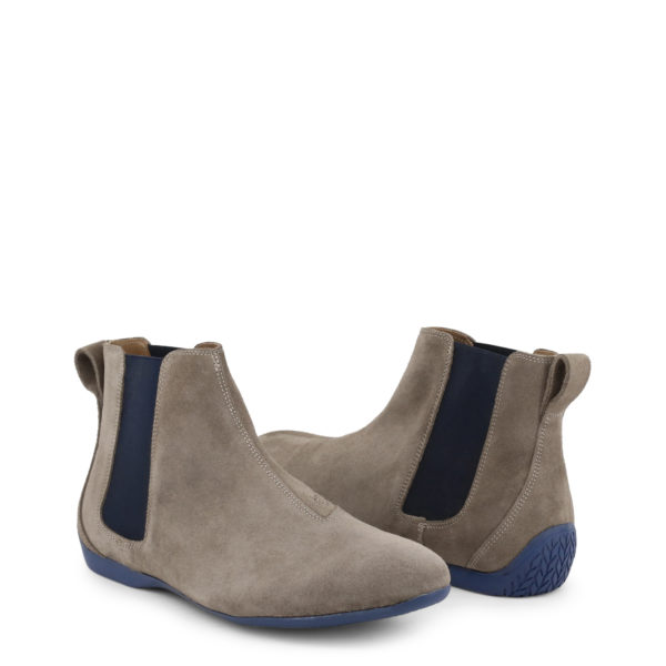 Sparco Misano Taupe Blue Shoes Ankle Boots in Suede Picture6: Misano ankle boot is made with nothing but comfort in mind, these stylish shoes by Sparco make the perfect addition to any outfit. Sparco Misano a sporty ankle boot made from Taupe suede, leather-lined and matched with a rubber sole. Pair Sparco Misano with tailored pants and a casual shirt for the weekend.