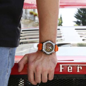 Sparco Eddie Orange Watch Picture7: The sporty watch collection from Sparco accompanies you in your everyday life by providing an inimitable racing touch to your look. Eddie model from Sparco is designed to complement differing outfits from sportswear to casual wear. The sporty design with a durable Orange strap is sure to impress.