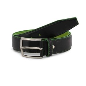 Sparco Woking Black Belt in Leather Picture2: Sparco Woking Black Belt in Leather marked with Sparco logo. Brilliant for casual outings and perfect companion as you go about your busy life or during sports and racing events.