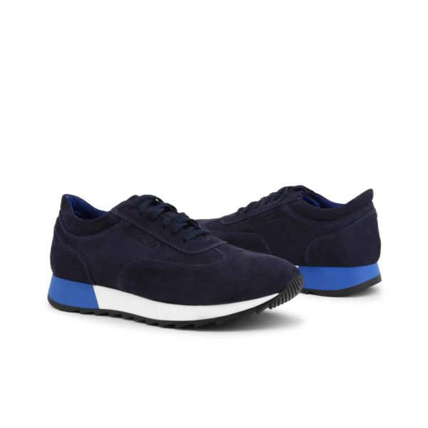Sparco Imola-Run Blue Shoes Sneakers in Suede Picture3: Designed for ultimate street durability and performance, Sparco Imola Blue Shoes is what you'd expect in a competition driving shoes. These shoes feature a high-quality sole for leisure/casual use and would make great driving shoes. Comfortable and can be used for everyday car and motorbike driving, touring, racing, karting and even sim racing.