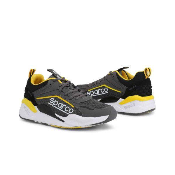 Sparco SP-FX Grey/Yellow Shoes Sneakers Picture3: Designed for ultimate street durability and performance, Sparco SP-FX Grey/Yellow Shoes is ideal for everyday driving, casual outing and training. From the experience of 4 wheels to the world of StreetStyle, these sneakers combine technology and urban design to give you maximum comfort. With a breathable upper, ultraflex+ sole and stabiliser band, your feet will always be in pole position.