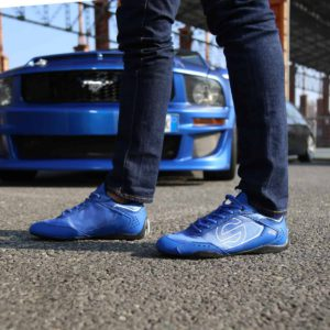 Sparco SP-F5 Blue Shoes Sneakers in Leather Picture7: Designed for ultimate street durability and performance, Sparco SP-F5 Blue Shoes is what you'd expect in a competition driving shoes. That is why these shoes/boots feature a thin sole for maximum pedal feel and control. The sole continues up the heel's back to provide a smooth and stable pivoting point for heel-toe shifting. Comfortable shoes/boots that can be used for everyday car and motorbike driving, touring, racing, karting and even sim racing.