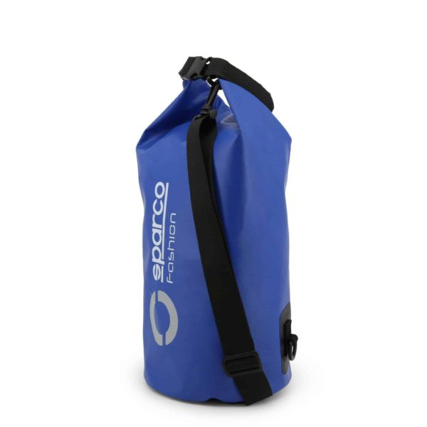 Sparco GTR Blue Waterproof Dry Bag Sack Picture3: Sparco GTR is a Waterproof Dry Bag/Sack for travel, gym or commute on your motorcycle or bike with an adjustable and removable shoulder strap. The compact lightweight design has enough room to store your essentials featuring a handle, removable and adjustable shoulder strap with Sparco printed logo.