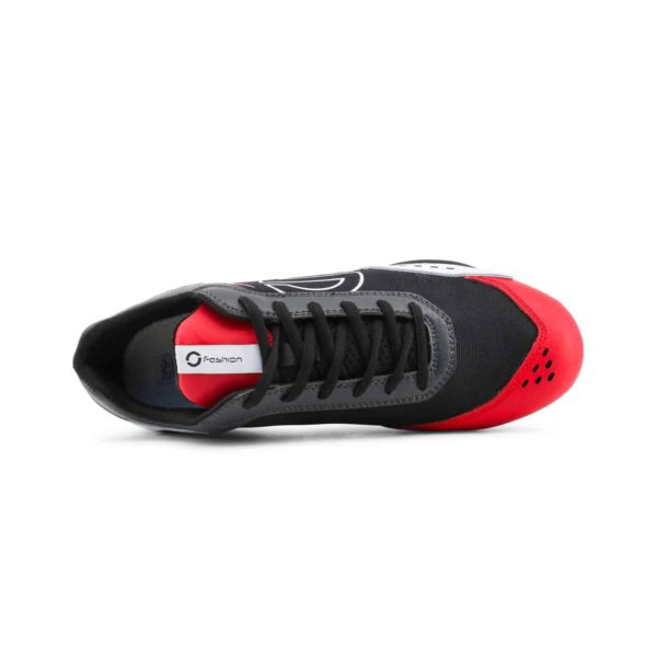 Sparco SP-F5 White/Black/Red Shoes Sneakers in Leather Picture4: Designed for ultimate street durability and performance, Sparco SP-F5 White/Black/Red Shoes is what you'd expect in a competition driving shoes. That is why these shoes/boots feature a thin sole for maximum pedal feel and control. The sole continues up the heel's back to provide a smooth and stable pivoting point for heel-toe shifting. Comfortable shoes/boots that can be used for everyday car and motorbike driving, touring, racing, karting and even sim racing.